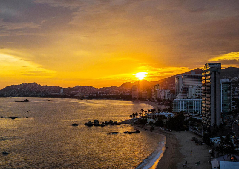 Acapulco Is An Iconic Destination That Put Mexico On The Global Tourism Map But Social Problems In Recent Years Have Taken A Toll On The City S Tourism